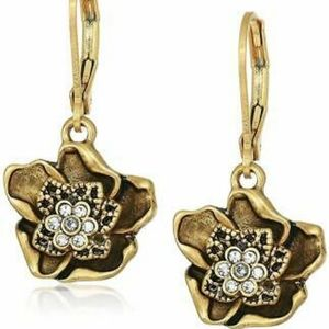 🌹Lonna and Lilly Flower Drop Earrings🌹